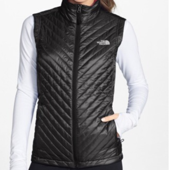 e8bc64117 The North Face. Kayla Quilted Vest. Black. Small.